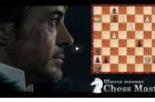 Шерлок Холмс играет в шахматы
