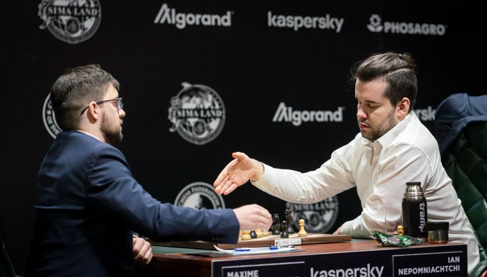 """Максим Вашье-Лаграв: """"Странно играть в шахматы в такое время..."""""""