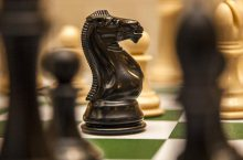 конь сильнее слона шахматы