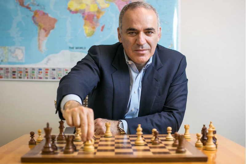 Знаменитые шахматисты России и мира