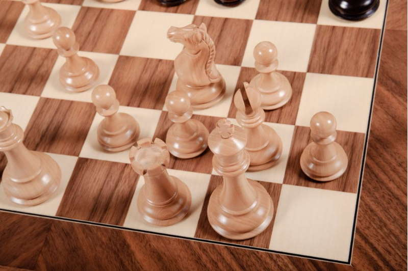 Размен фианкеттированного слона шахматы