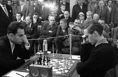 Семья Пенроузов: ученые и шахматисты