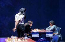 Почему женщины уступают мужчинам в шахматах