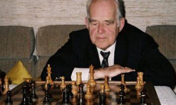 Вольфганг Унцикер шахматист