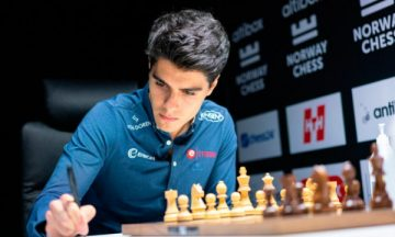 арьян тари шахматист