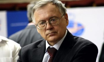 Юрий Разуваев шахматист